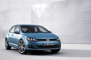 Nuova-Volkswagen-Golf-7-2013-8